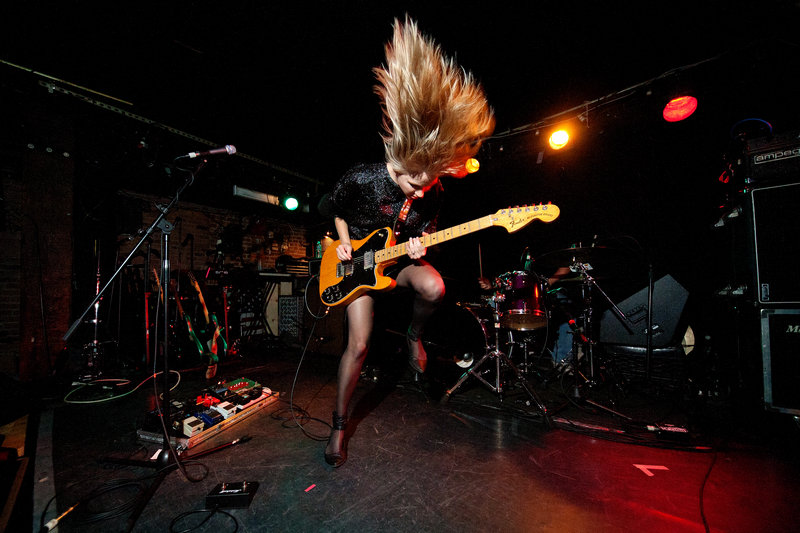 10/22/10 - Ume performs at Mercury Lounge in New York City as part of CMJ 2010